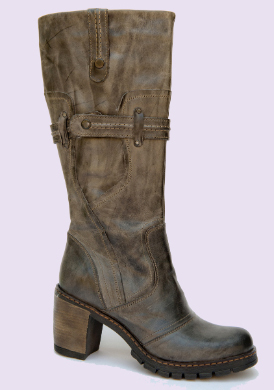 Women Boots manufacturer, Italian designed women and men leather shoes manufacturing industry only Italian leather private label women and men shoes for worldwide distributors, with our 1200 shoemaker workers we guarantee high quality handmade fashion shoes for high quality markets, women fashion boot, high end women classic shoes, classic men shoes, casual men shoes for wholesale distributors in Italy, Germany, England, United States business, UAE, Saudi Arabia, France shoe market and Latin America fashion shoe distributors